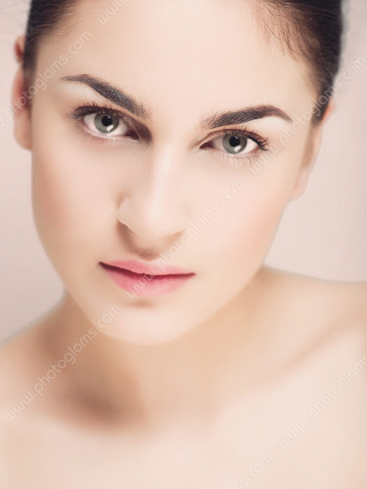 Sample of a beauty photoshoot of a Italian woman